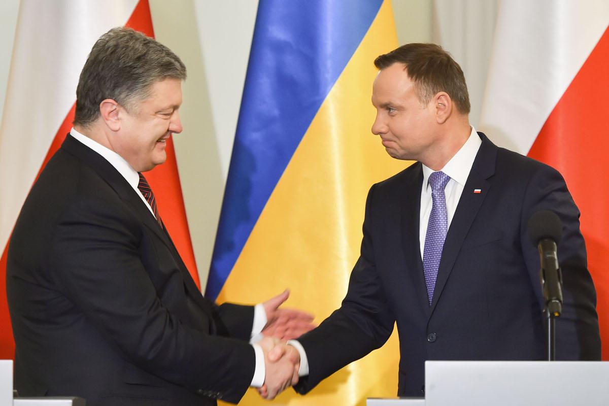 Порошенко в Варшаве: удастся ли Польше и Украине отделить политику от истории/Стратегические отношения сохранятся, но Украина теряет Польшу как серьезного союзника
