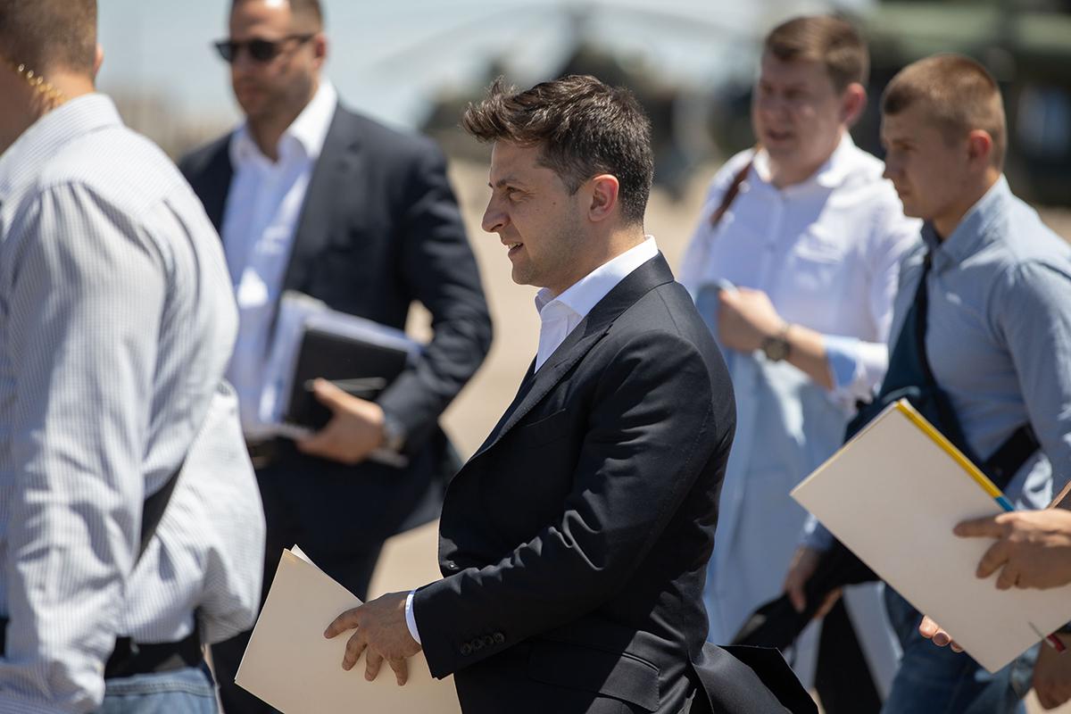 Президент Владимир Зеленский не готов к разговору с мировыми лидерами