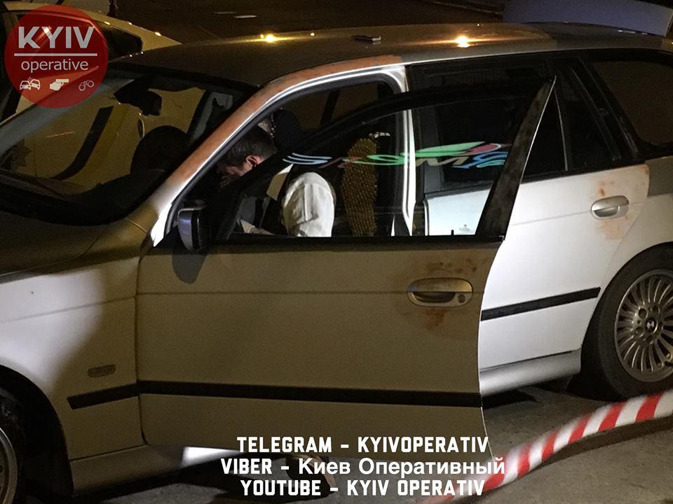 Нічна погоня вКиєві: Mitsubishi таполіцейський Prius зіткнулися лоб улоб