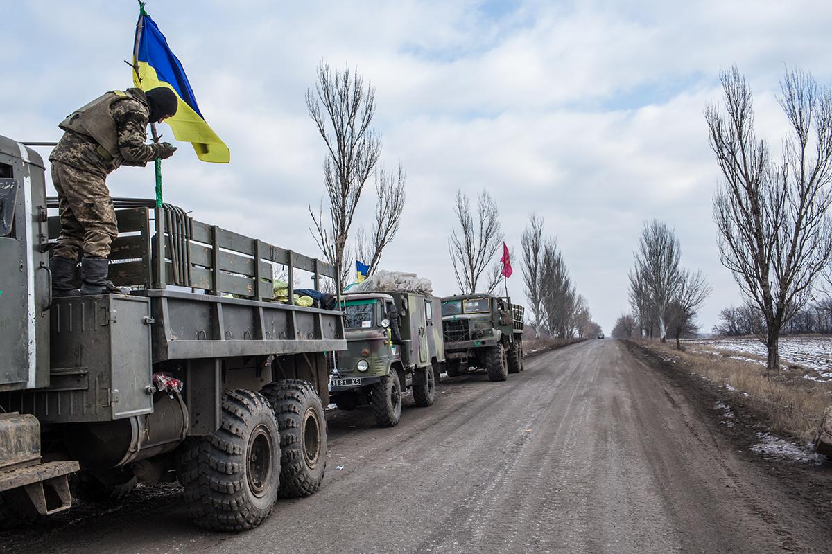 Заплановане розведення сил і засобів у Петровському і Золотому зірвалося