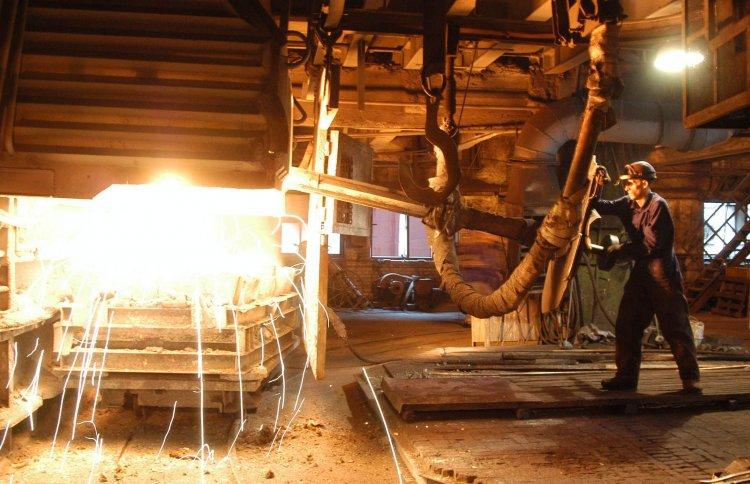 Из-за снижения поступлений от экспорта аграрной продукции и металла девальвация может увеличиться на 2-3%