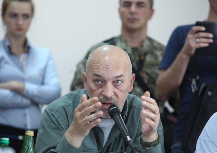 """""""Апостроф"""" провел один день с главой Луганской военно-гражданской администрации"""