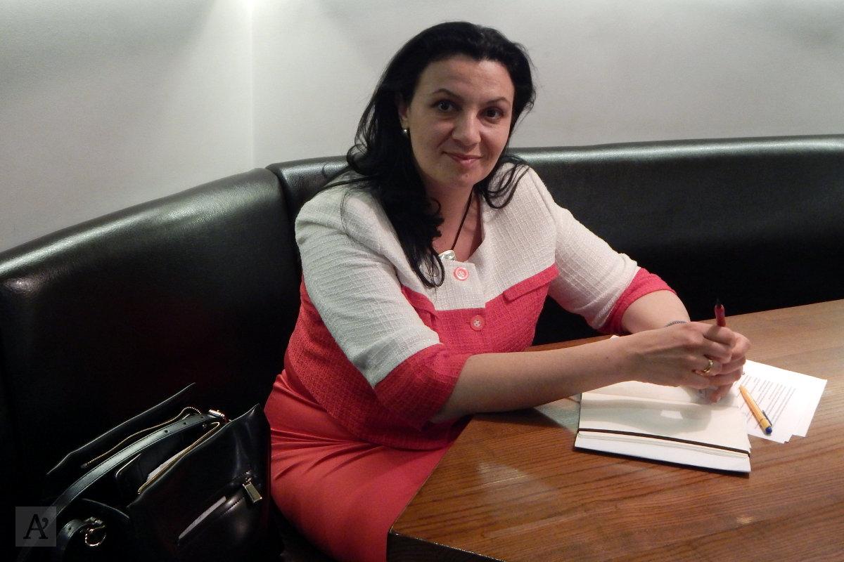 """Народный депутат Иванна Климпуш-Цинцадзе рассказала """"Апострофу"""" о том, тяжело ли женщине работать в парламенте"""