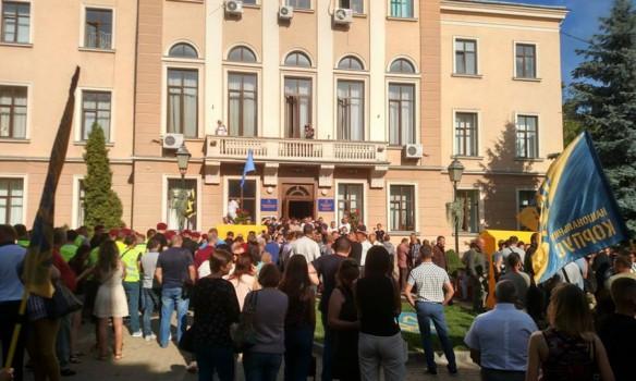 ВТернополе активисты устроили драку вгорсовете