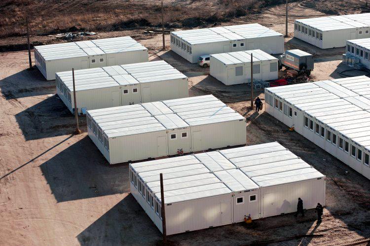 В Харькове начинают размещать переселенцев в немецких модульных домиках