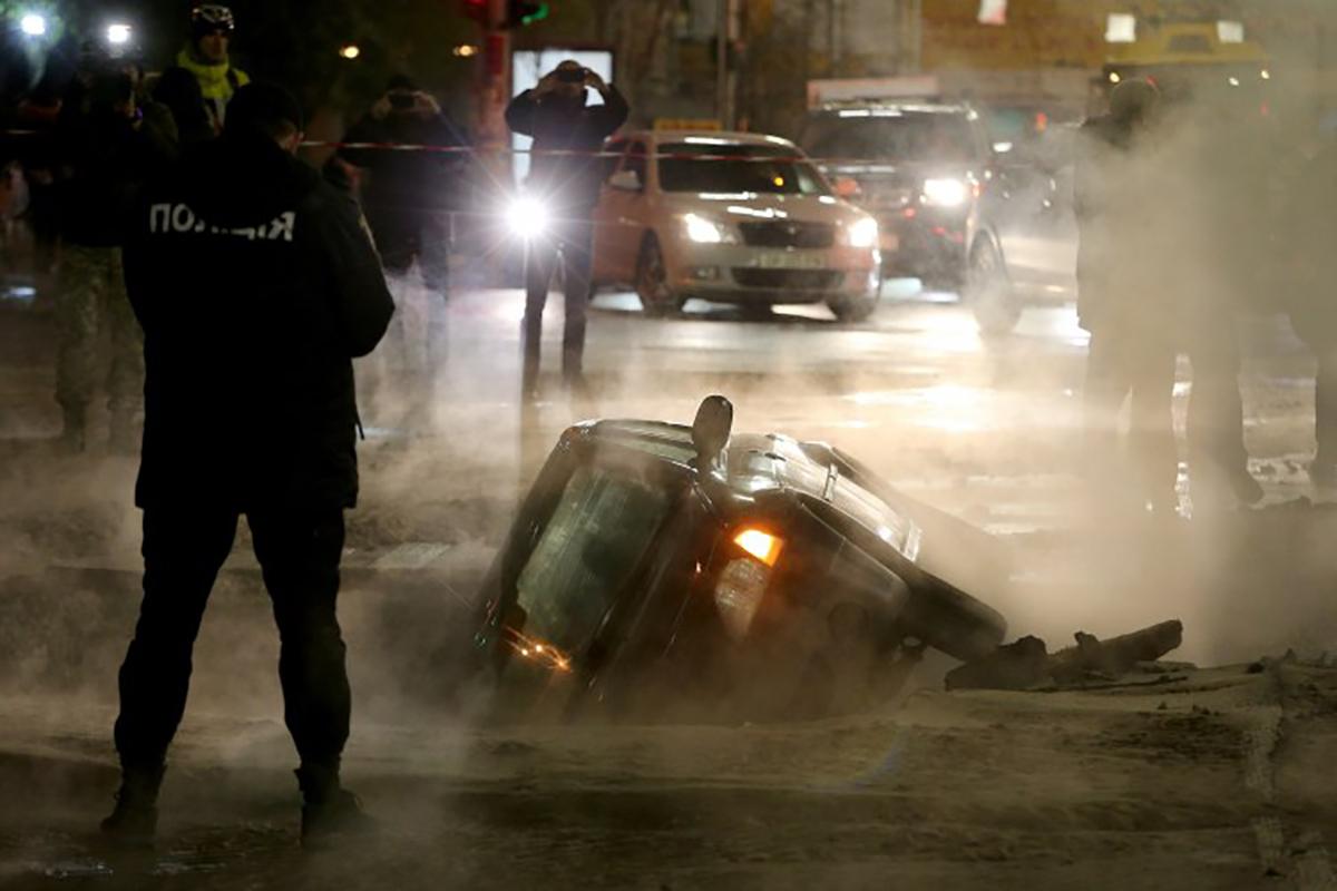 Уровень аварийности теплосетей в Киеве составляет около 80%
