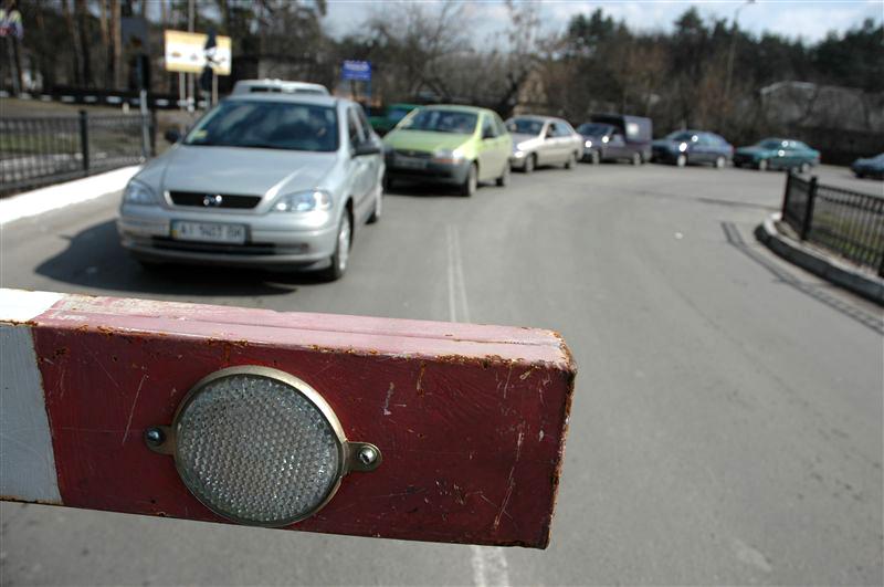 Что нужно знать о новых правилах въезда и выезда с оккупированного Донбасса