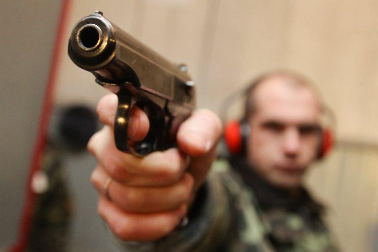 Порошенко следует позволить гражданам защищать себя самостоятельно