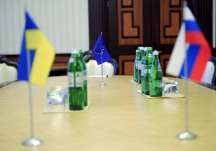 Украина пока не сможет получить кредит для закупки «голубого топлива»