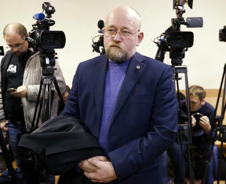 Известный переговорщик рассказал, почему Россия не отпускает Сенцова и Кольченко