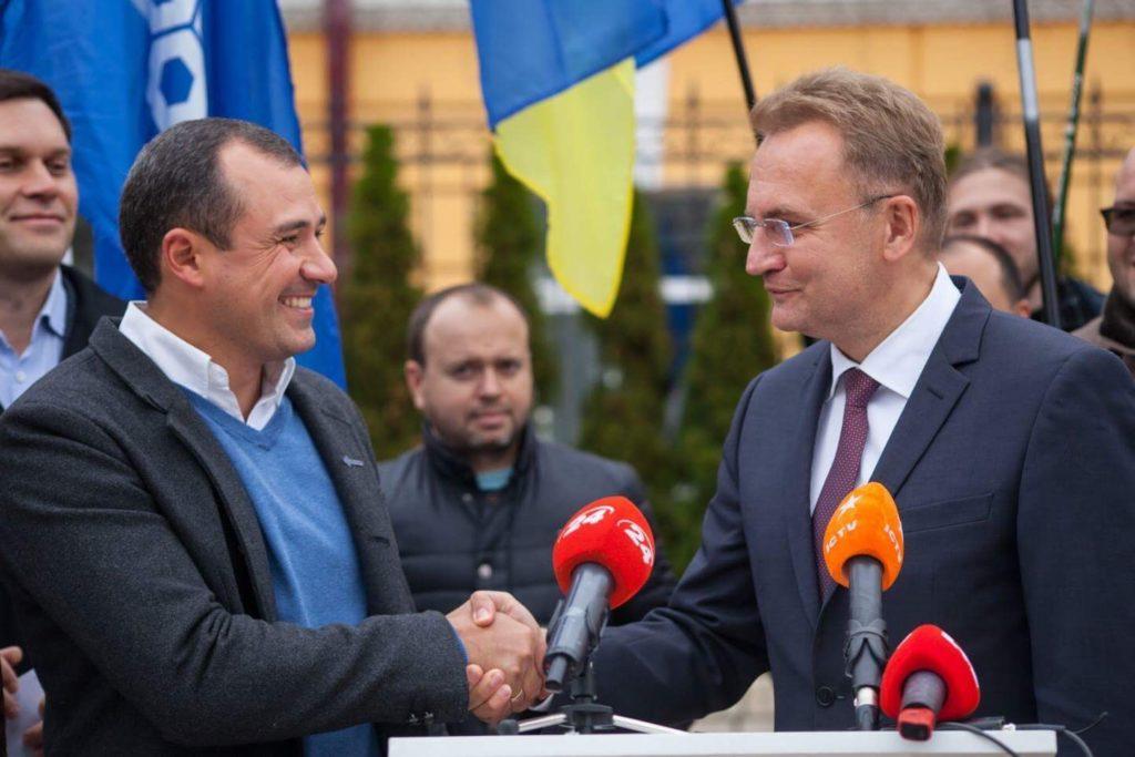 Мэр Львова примеряет роль объединителя