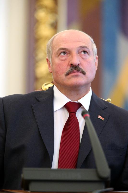 Александр Лукашенко ищет альтернативу российским партнерам
