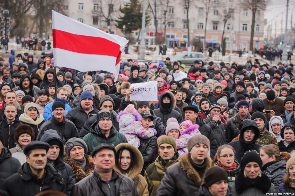 В ближайшее время стихийные и организованные акции протеста в Беларуси будут только нарастать