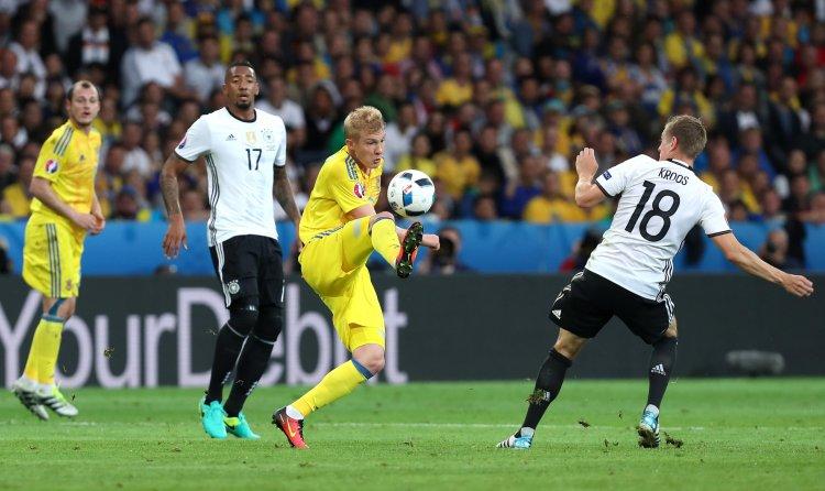 Зарубежные комментаторы считают, что в матче с Германией Украине на поле не хватало Андрея Шевченко