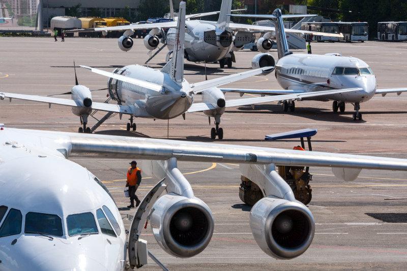 Участники рынка гражданской авиации обвиняют профильные госорганы в коррупции и монополизации отрасли