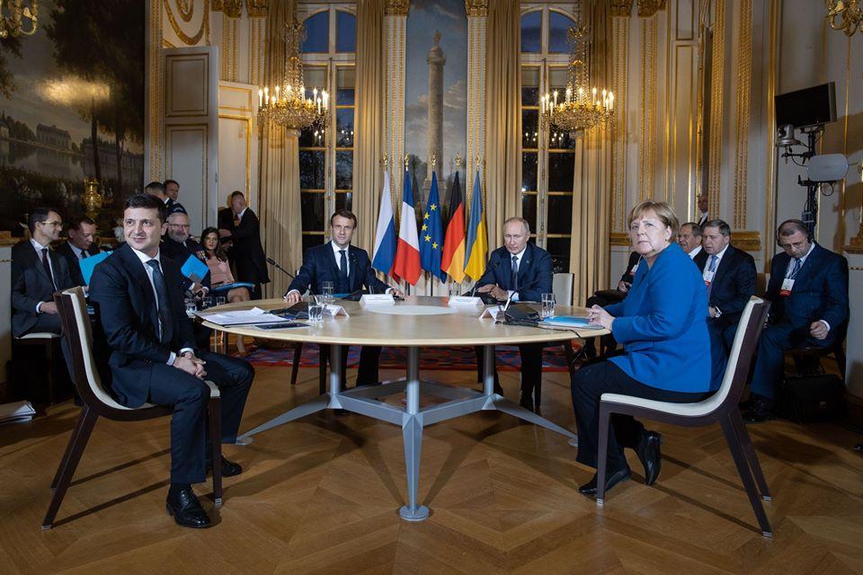 Переговоры в Елисейском дворце продолжались более 10 часов