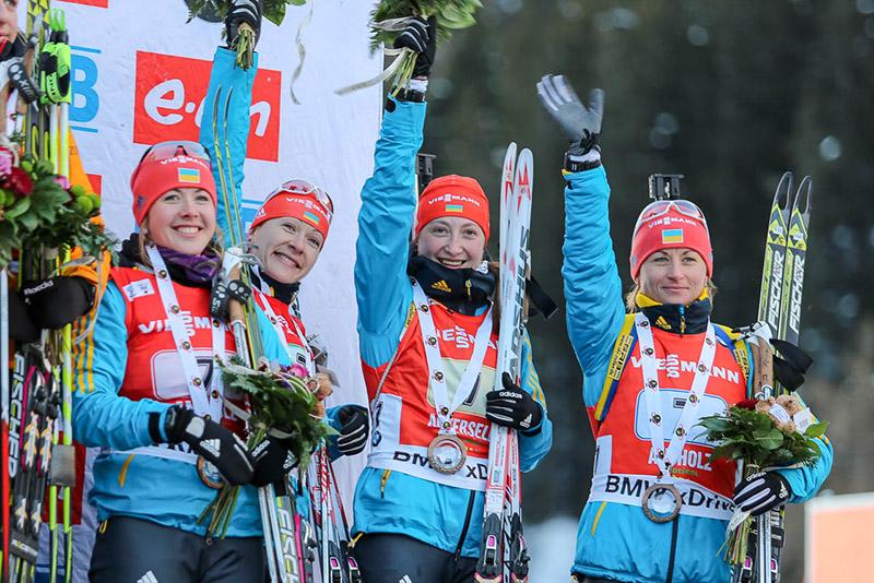 Наши биатлонистки завоевали эстафетную бронзу Кубка мира