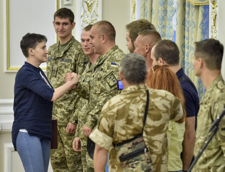 """""""Апостроф"""" выяснял политические перспективы освобожденной украинской летчицы"""