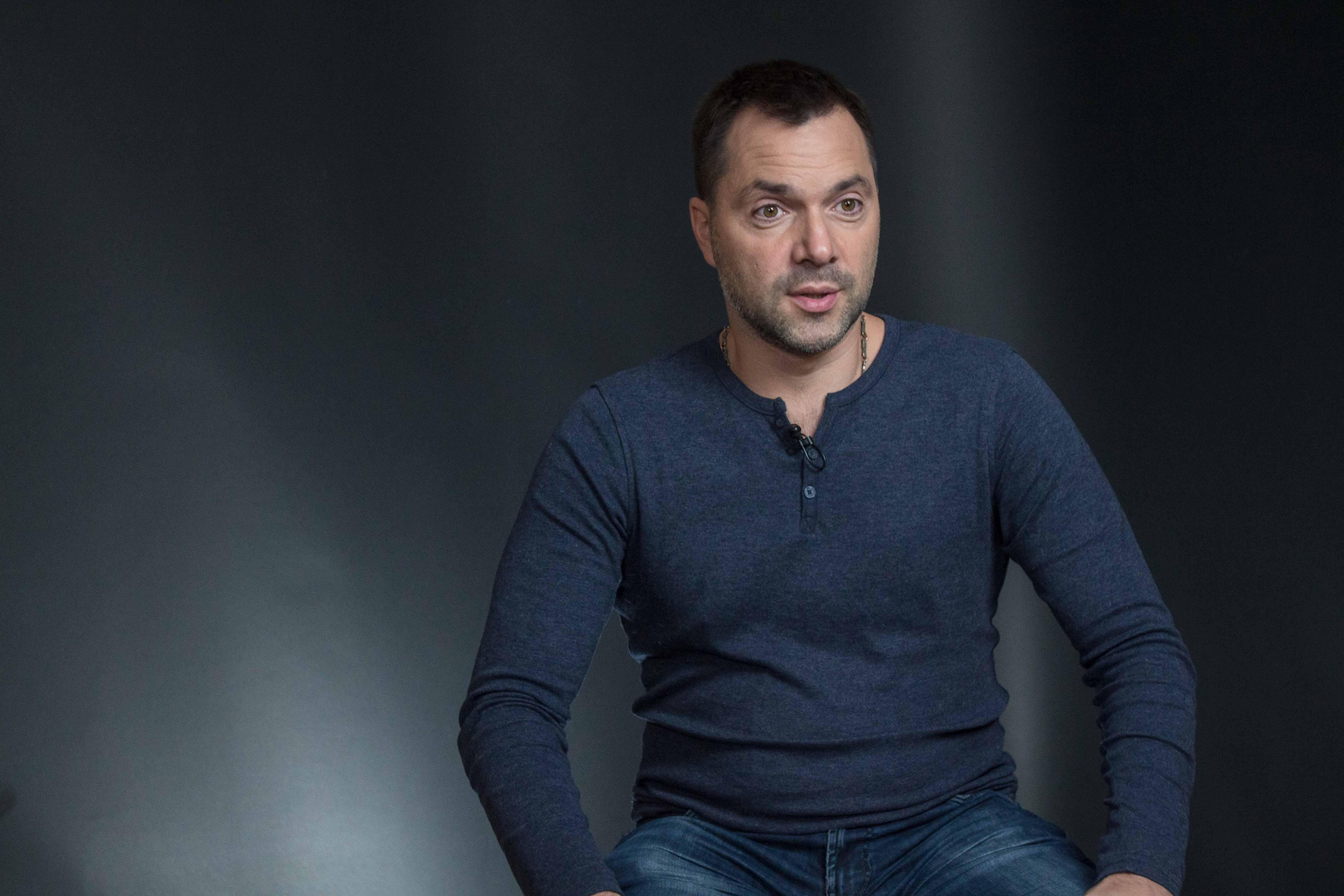Блогер о протестах оппозиции и конфликте на Донбассе