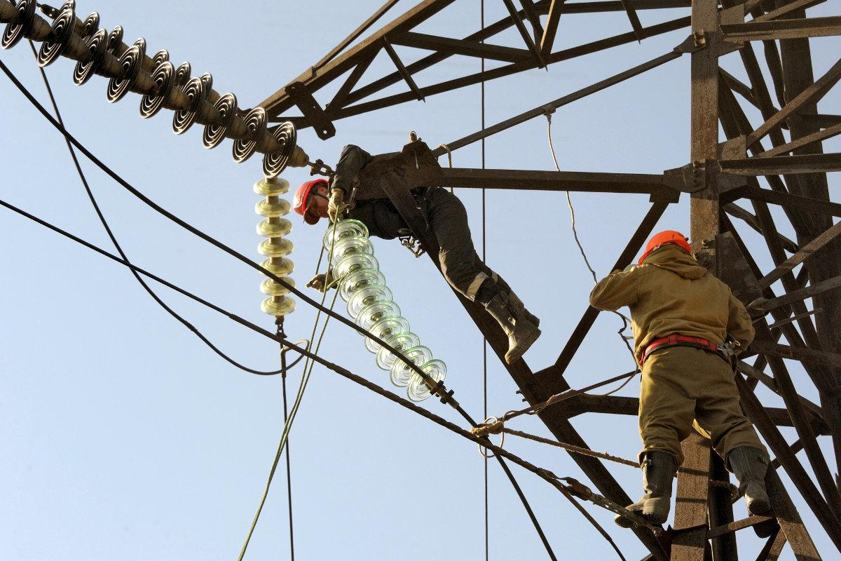 Возобновление поставок электроэнергии в Крым не сблизит Киев и Москву