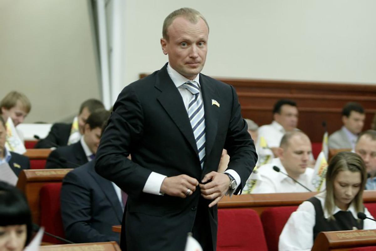 Суд даже не обязал Омельяненко не покидать страну