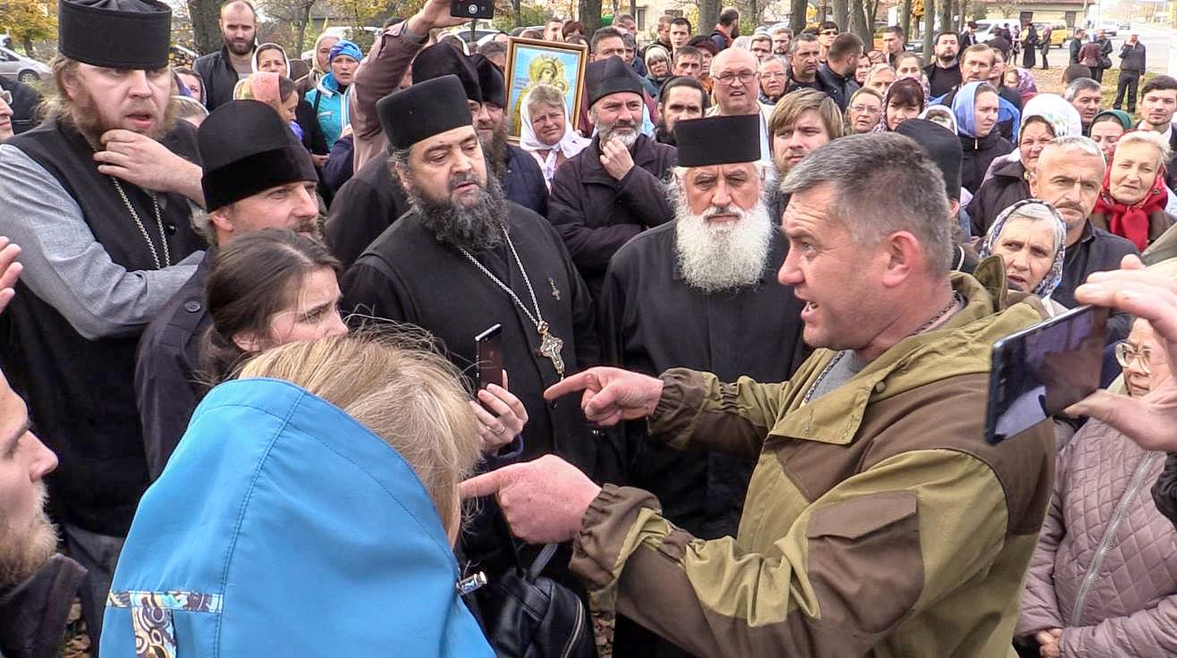 Капелани УГКЦ про суть конфлікту з Московським патріархатом у Коломиї