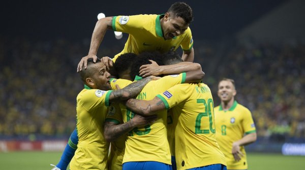 Бразилия обыграла Перу в финале Кубка Америки и стала победителем турнира