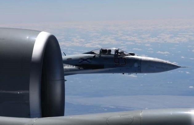 Российский истребитель сблизился с американским самолётом-разведчиком, — СМИ